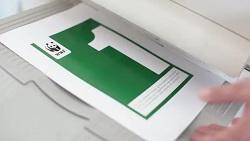 extrait campagne WWF avec un flyer